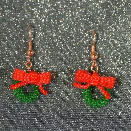 Holiday Wreath Earrings 1