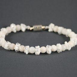 White Lace Agate & Crystal Bracelet